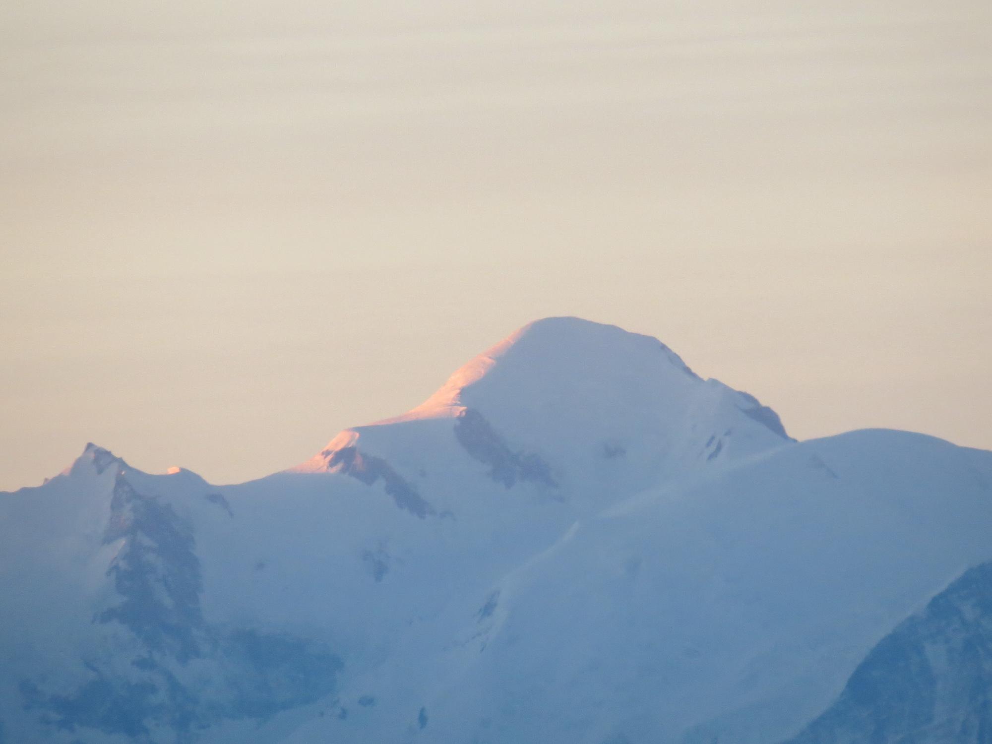 lever de soleil sur le Mont-Blanc